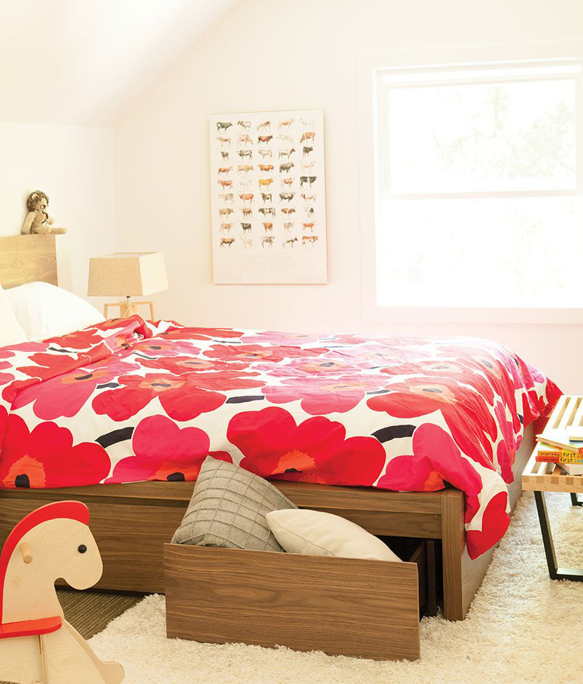 Eq3 Simple Bed With Extended Panel Headboard Schreiters